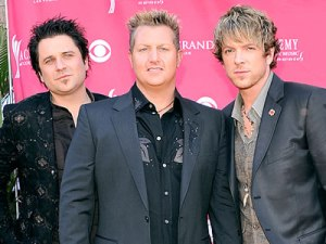 The manly band Rascal Flatts. Nice highlights.