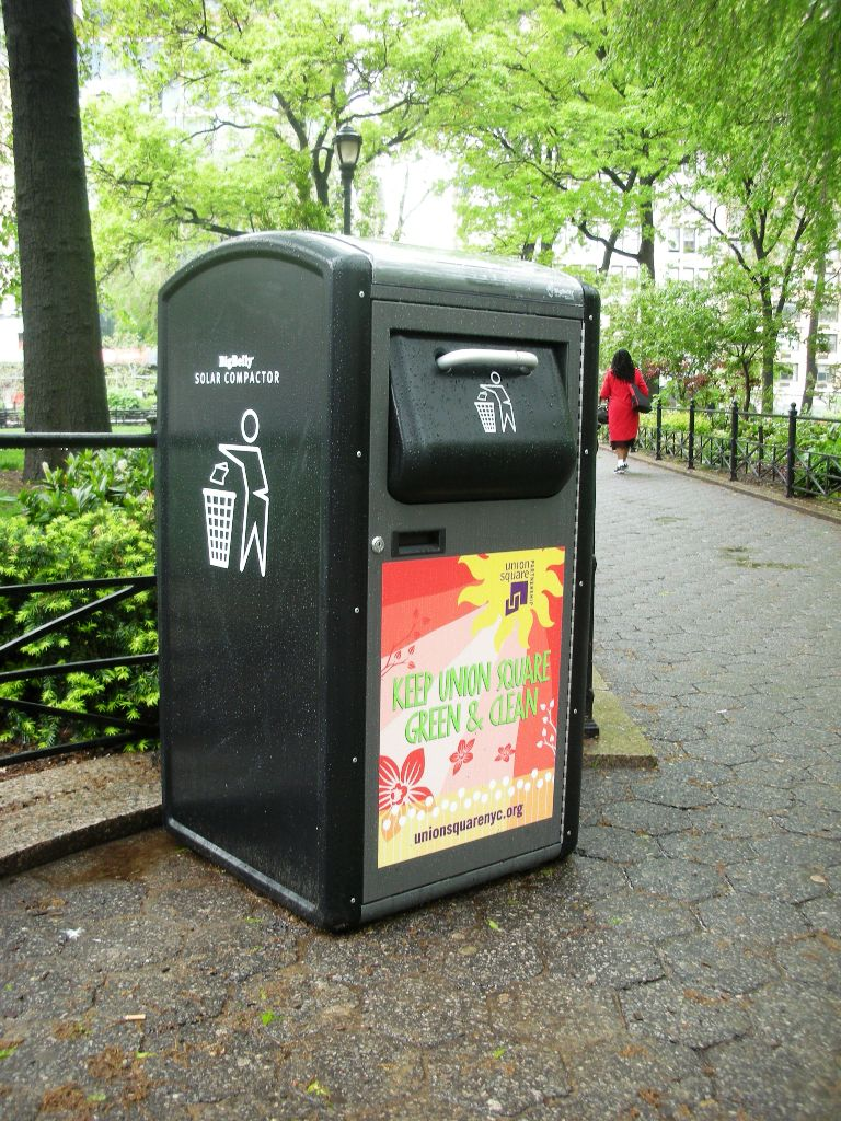 Solar trash compactors in union square nyc i spy nyc Garbage compactor